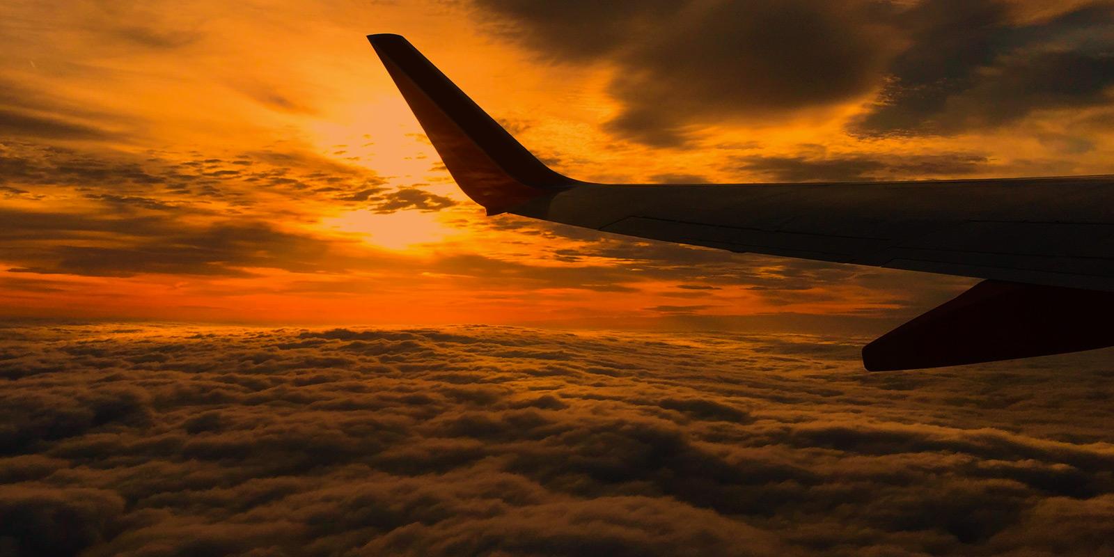 梦见一条大黑龙在空中盘旋 梦到一条黑龙天上盘旋
